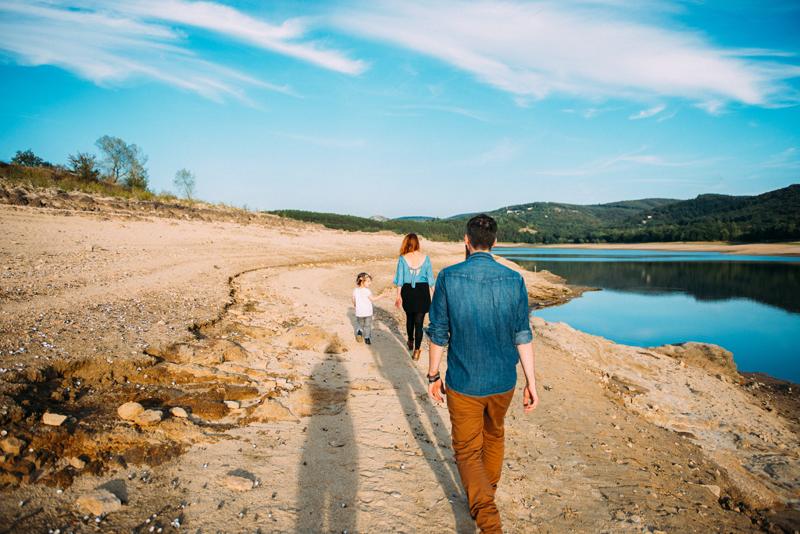 seance-engagement-tant-de-poses-photographe-toulouse-photographe-mariage-seance-au-bord-du-lac-6