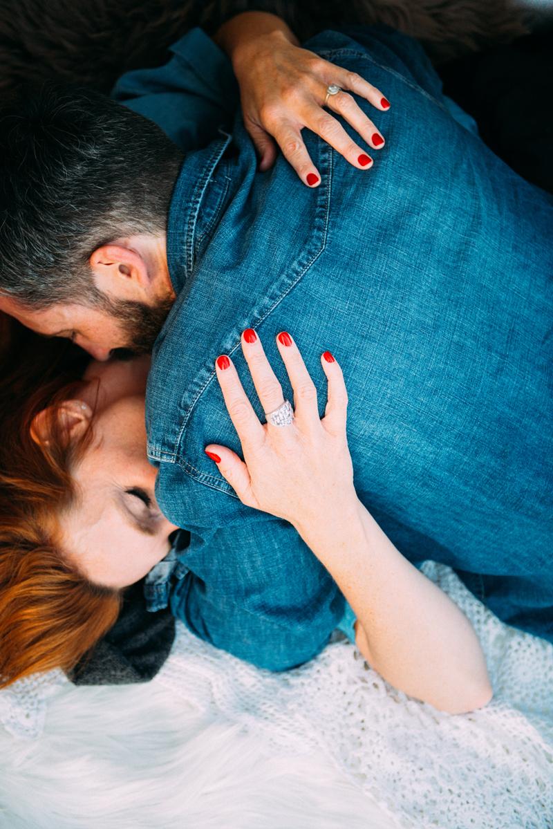 seance-engagement-tant-de-poses-photographe-toulouse-photographe-mariage-seance-au-bord-du-lac-19